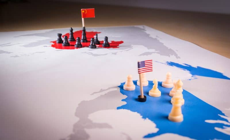 Guerre monétaire Chine-USA, la FED réfléchit à la pertinence de lancer un stablecoin