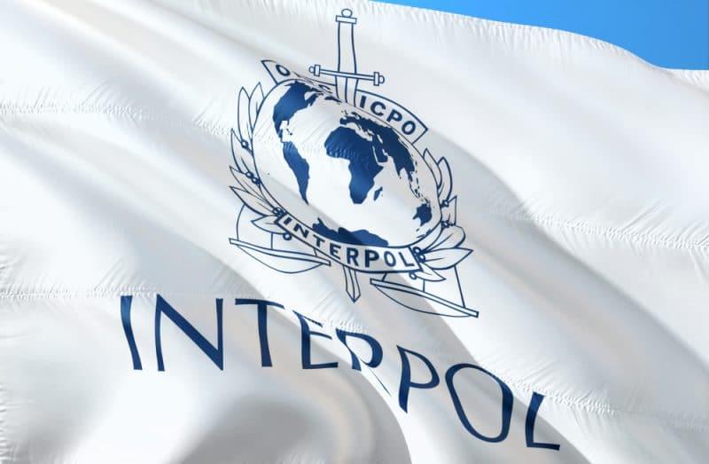 Des routeurs infectés minaient du Monerao à l'insu de leurs propriétaires, Interpol y a mis fin