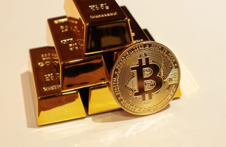 Le Bitcoin et souvent désigné comme le digne héritier de l'or, en tant que réserve de valeur