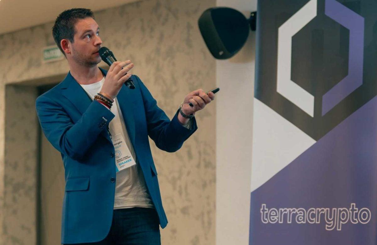 Matt, PDG de Summit Mining qui propose un investissement communautaire dans le minage de Bitcoin