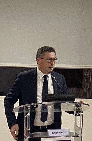 Jean-Michel Mis lors du discours de clôture