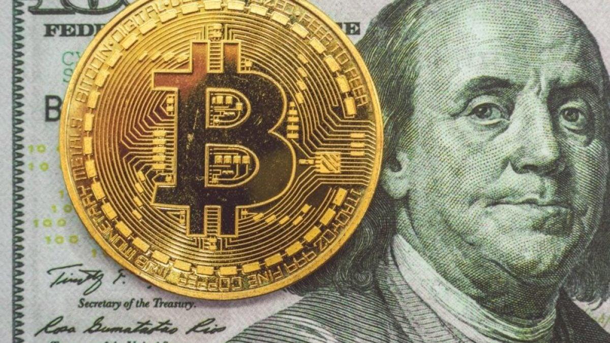2021 bitcoin la jumătate