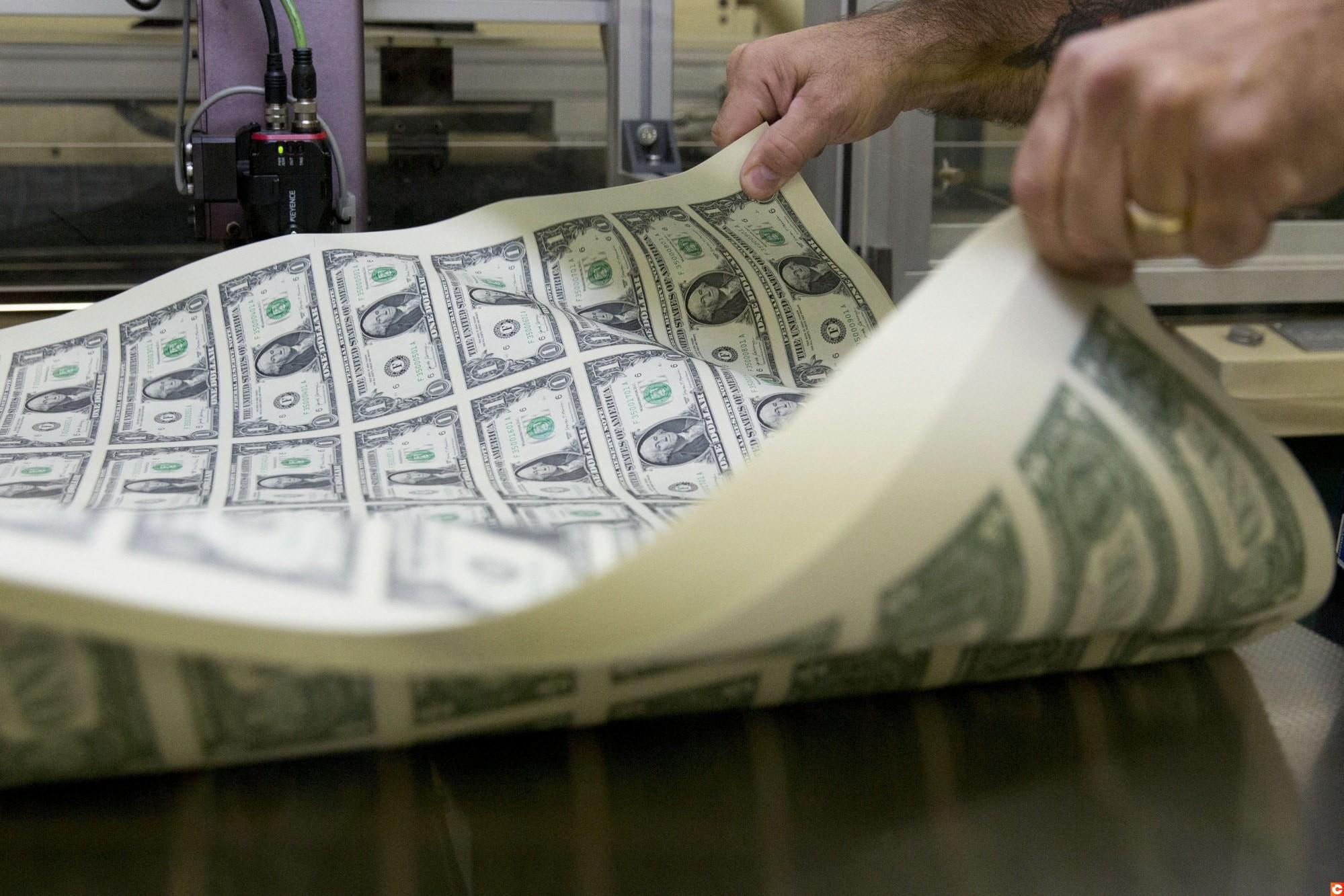 dollar grimpe stimulus package