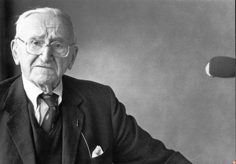 Friedrich Hayek crypto btc