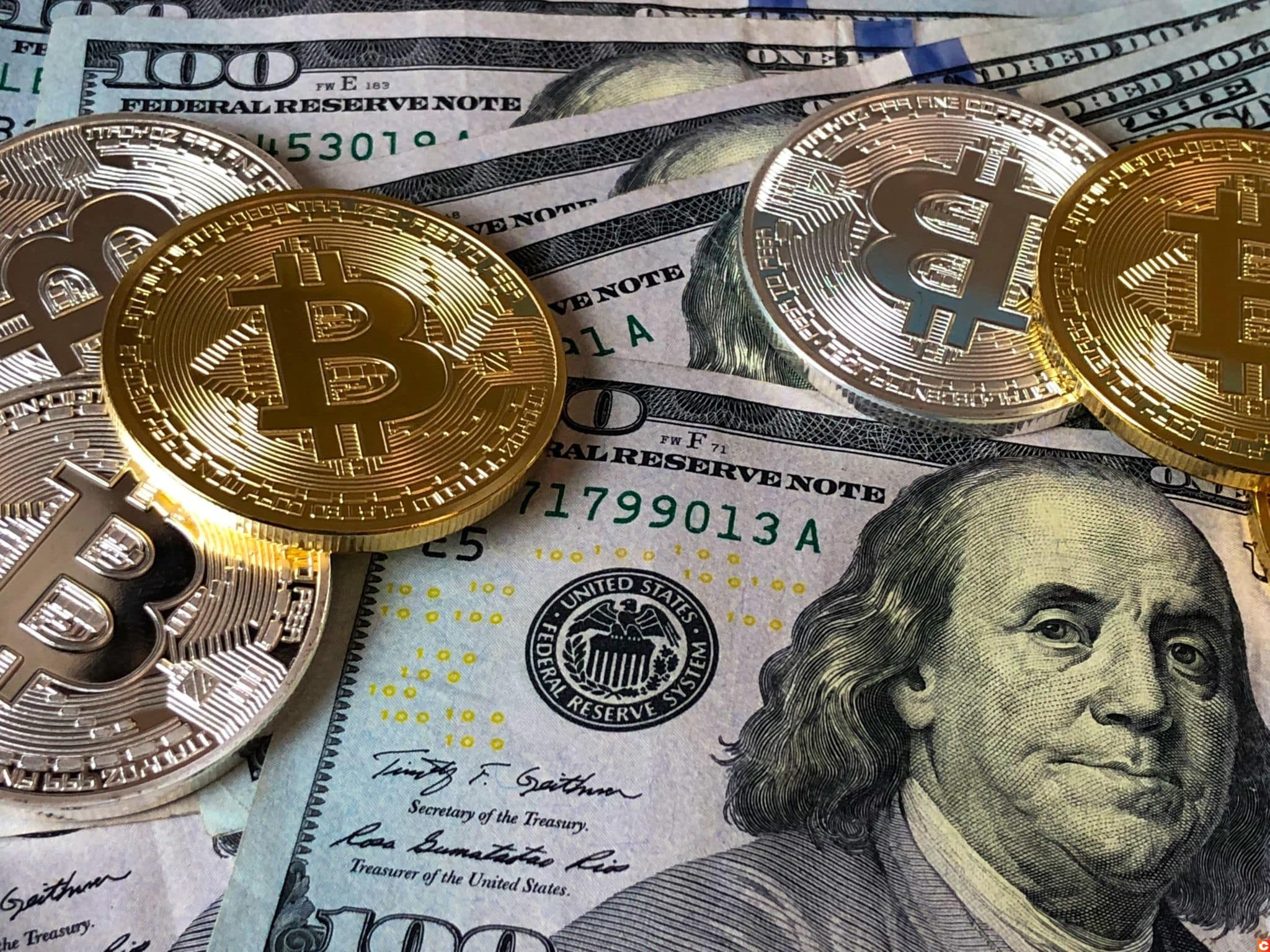 1 bitcoin vs dollár