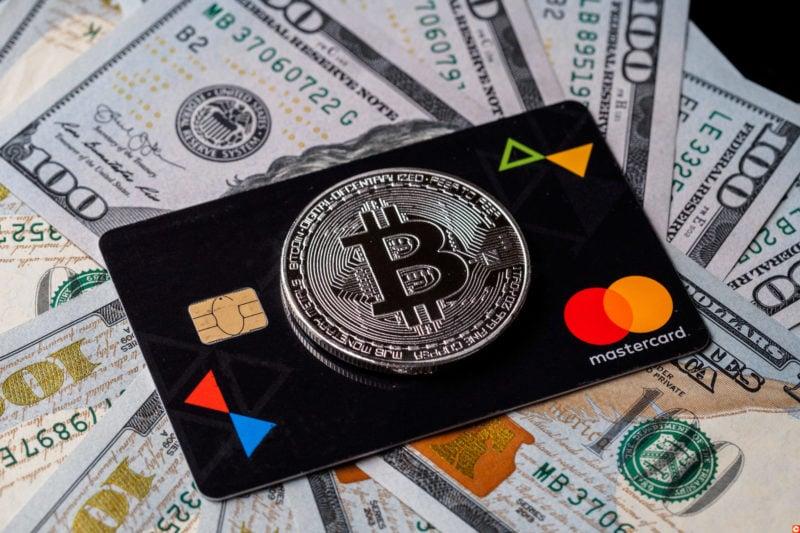 Cardul de debit bitcoin-iată care sunt opțiunile de pe piață acum