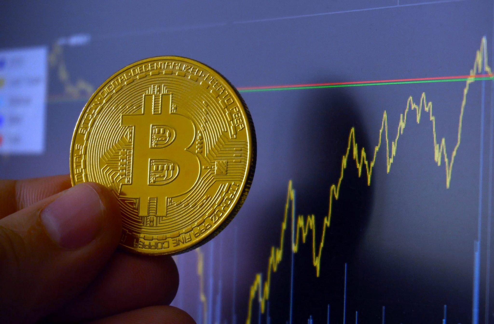 instituții financiare tranzacționare criptomonedă
