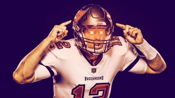Tom Brady portant les Laser Eyes -Bitcoin